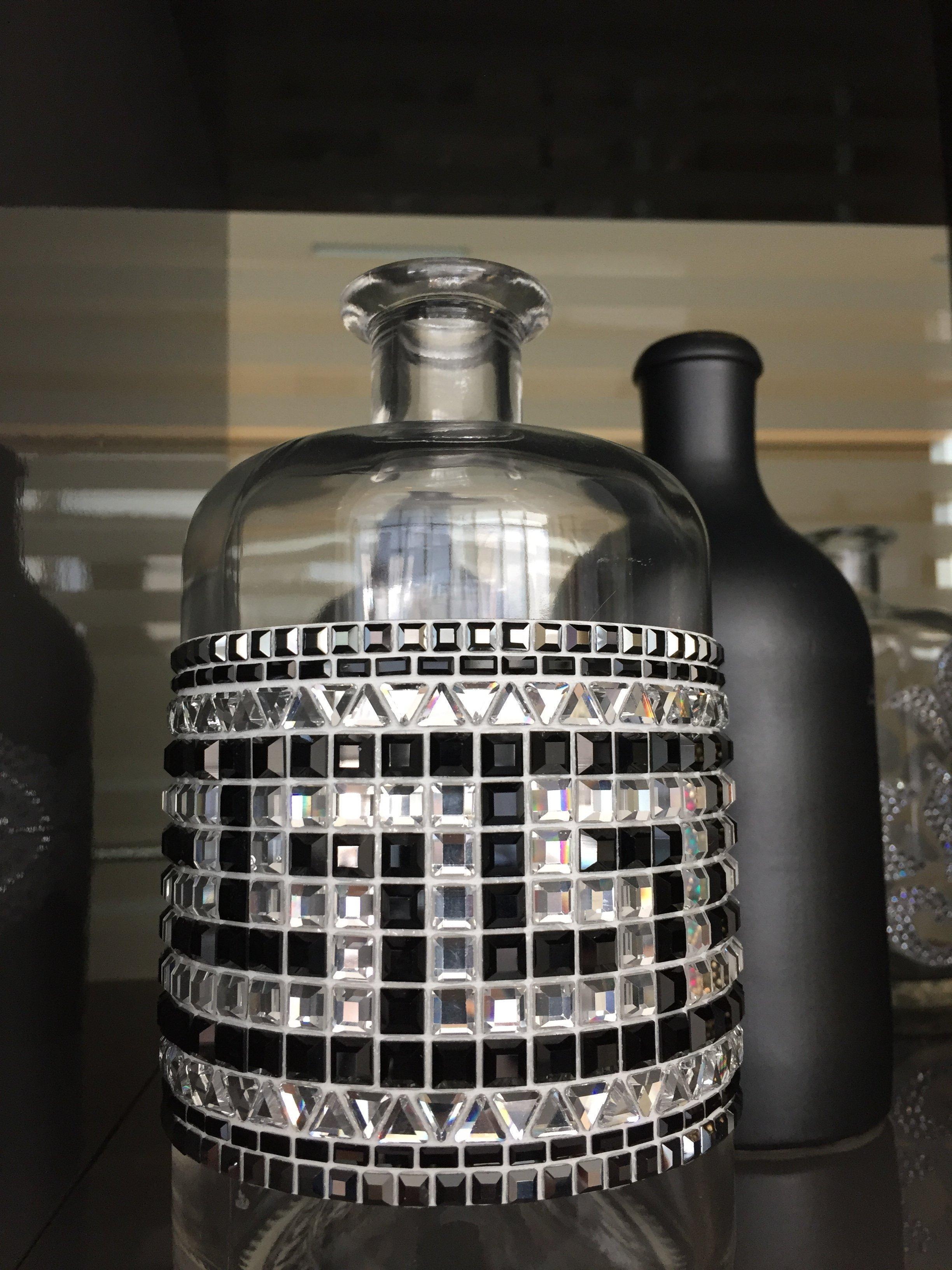 Bottiglia in vetro con decorazione Sticky Crystal