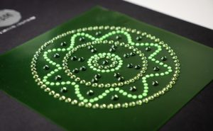 PV.Crystal, applicazione automatica strass su PVC